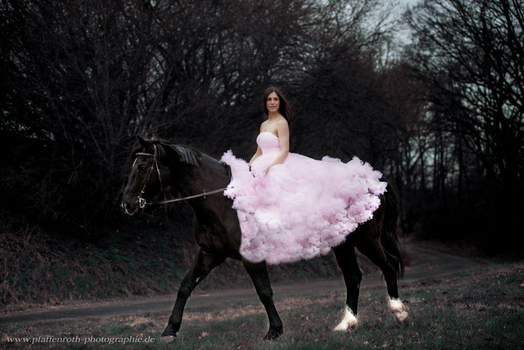 Wunderschönen Kleid